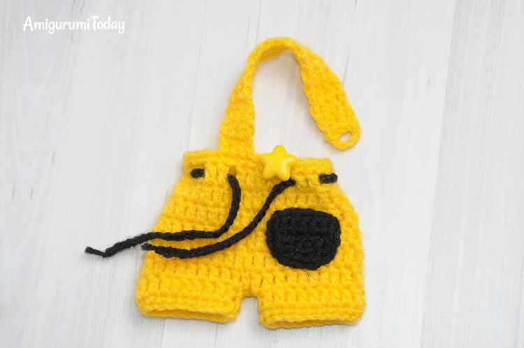 Tommy the Dog amigurumi - overalls crochet pattern