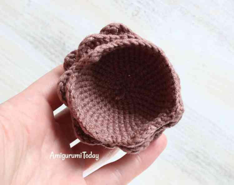 Free Cuddle Me Lion crochet pattern - mane