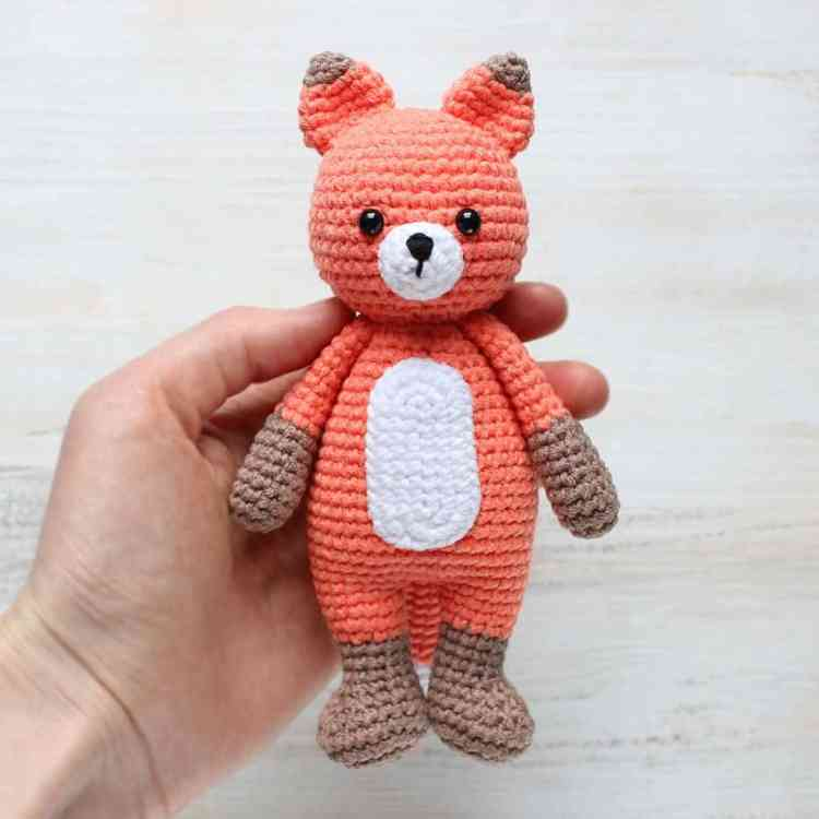 Crochet Cuddle Me Fox - Free Amigurumi Pattern