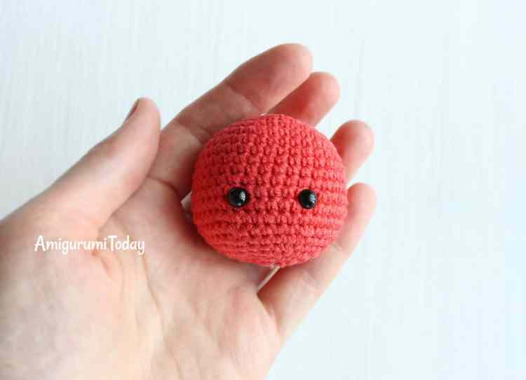 Cuddle Me Dragon crochet pattern - head