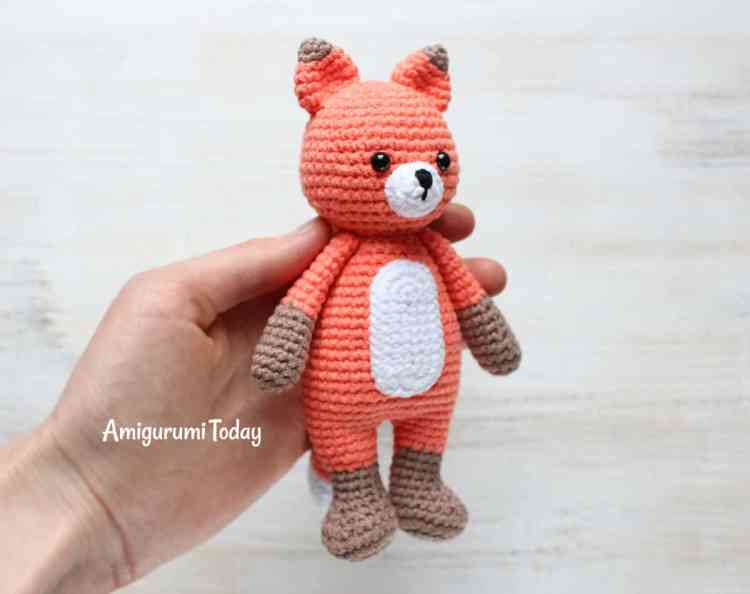 Free Cuddle Me Fox amigurumi pattern