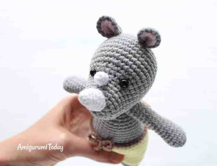 Cuddle Me Rhino amigurumi pattern by Amigurumi Today