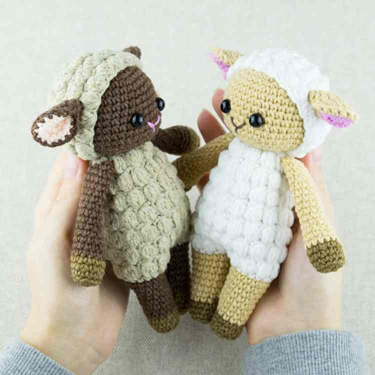 Crochet Cuddle Me Sheep - Free amigurumi pattern by Amigurumi Today
