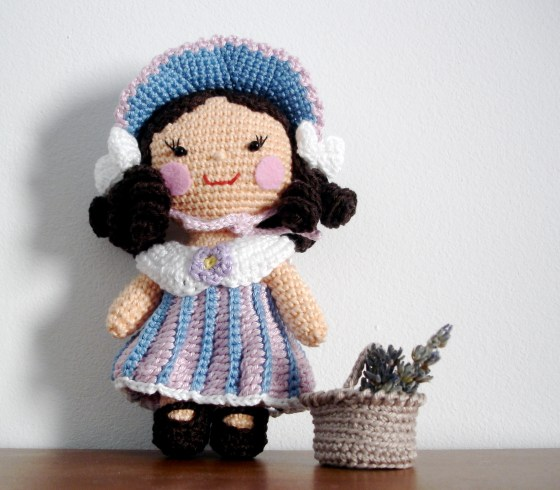 Flower Girl  - One piece flat head doll -Part II - clothes pattern