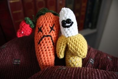 La banana Tina Amigurumi | How to crochet Janna the Banana - YouTube | 267x400