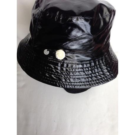 Vanished rainy hat