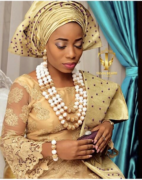 10 Lovely Traditional Bridal Makeup Looks amillionstyles @tavinbeads