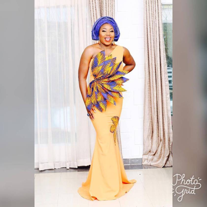 Recognizing The GrThe Best Asoebi Styles Of The Week June 25-30