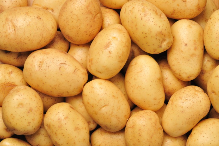 Beauty Hack: Lighten Hyperpigmentation With Potatoes