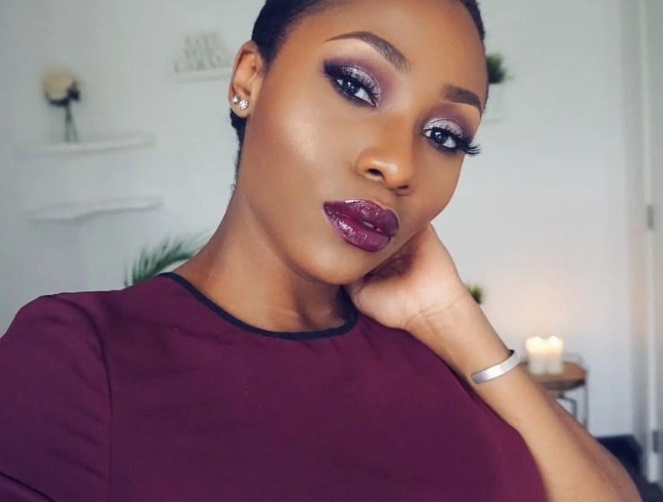 Makeup Hack: Powder Before Foundation Technique