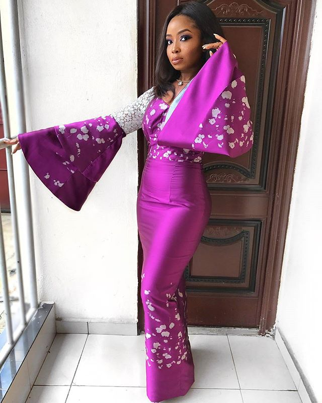 Check out theseBeautiful And Sexy Aso Ebi Styles We saw Over the Weekend.