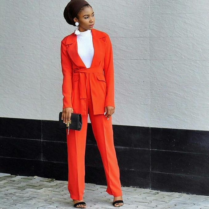 Fabulous And Fashionable Business Casual Attires To Start The New Week
