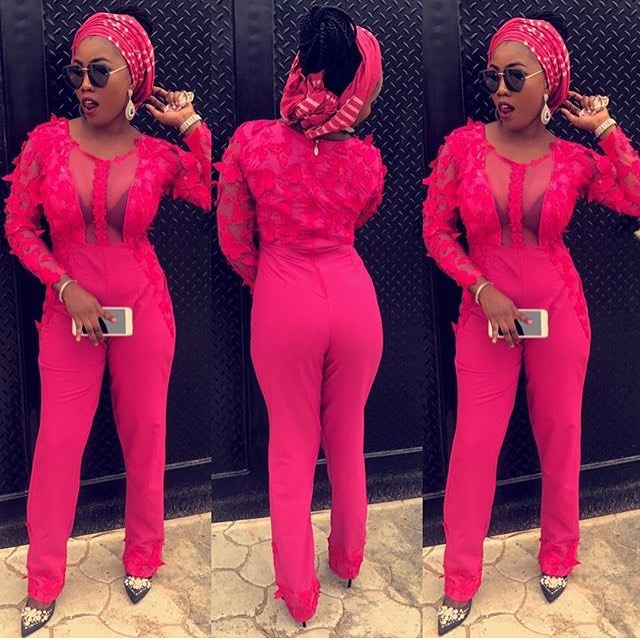 Get These Nice Lace Asoebi Styles And Slay!!