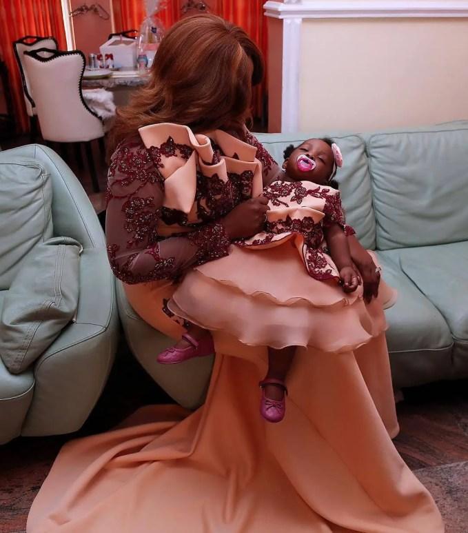 Mummy And Daughter Twinning Fashion Styles