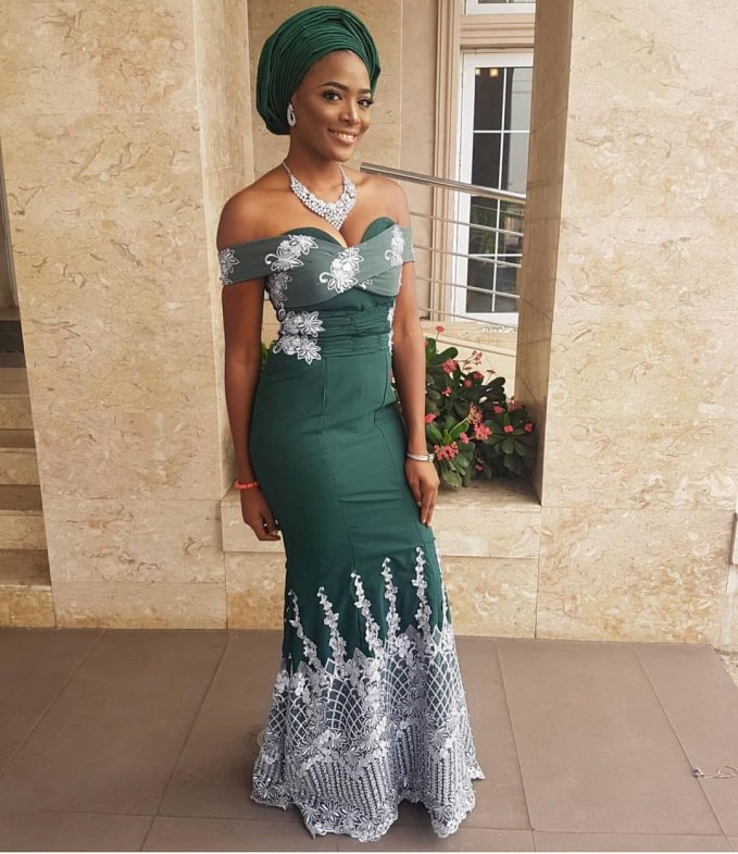 See These Glam Asoebi Styles For Bellas
