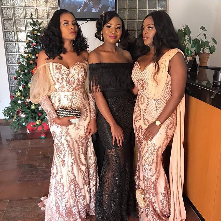 Beautiful Fabrics, Stunning Asoebi Styles!