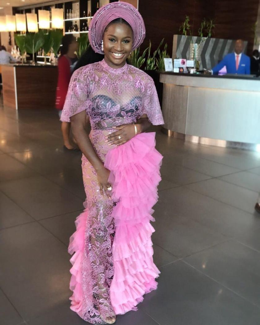 We Have Delectable Asoebi Styles From The Weekend