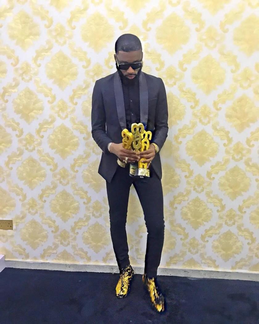 Trendy Looks At The MAYA Awards Night