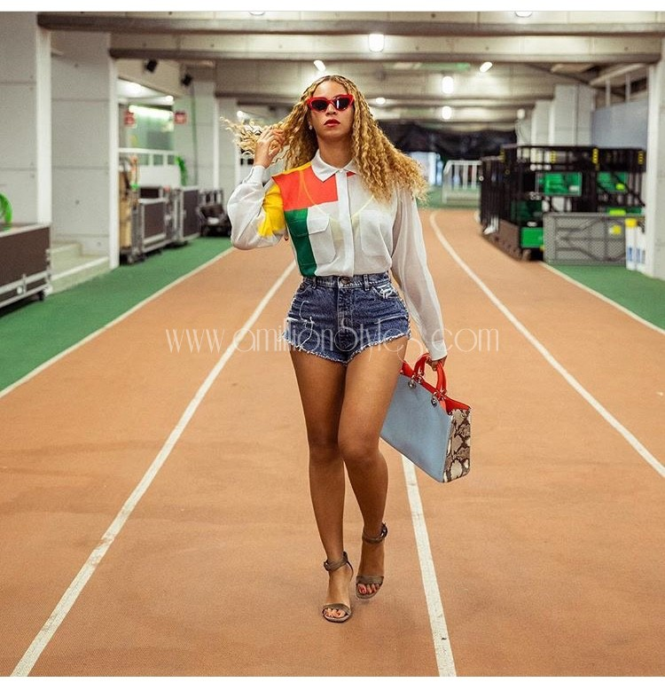 Beyoncé Shows Off Her Hot Legs In Studded Denim