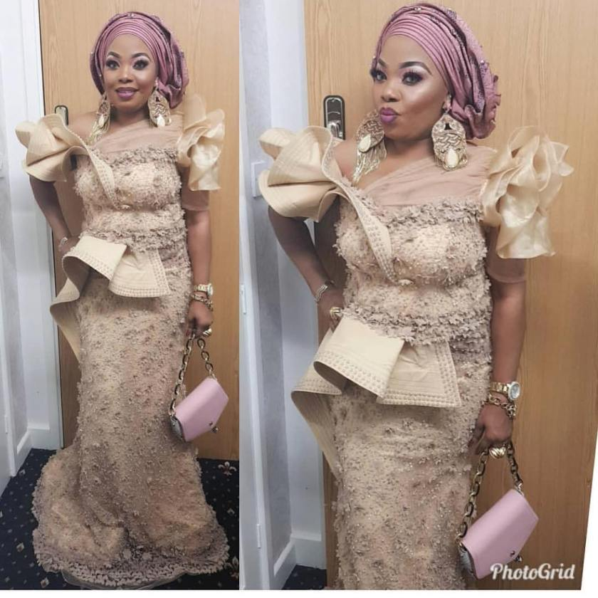 Got A Special Event Coming Up? Check Out These Latest Asoebi Style Ideas