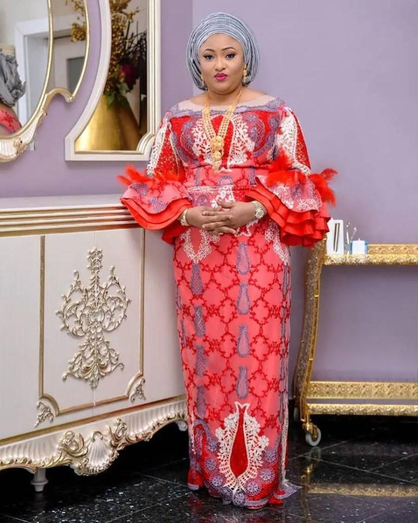 Fabulous Asoebi Styles Ideas For Older, Mature Women Lookbook 5
