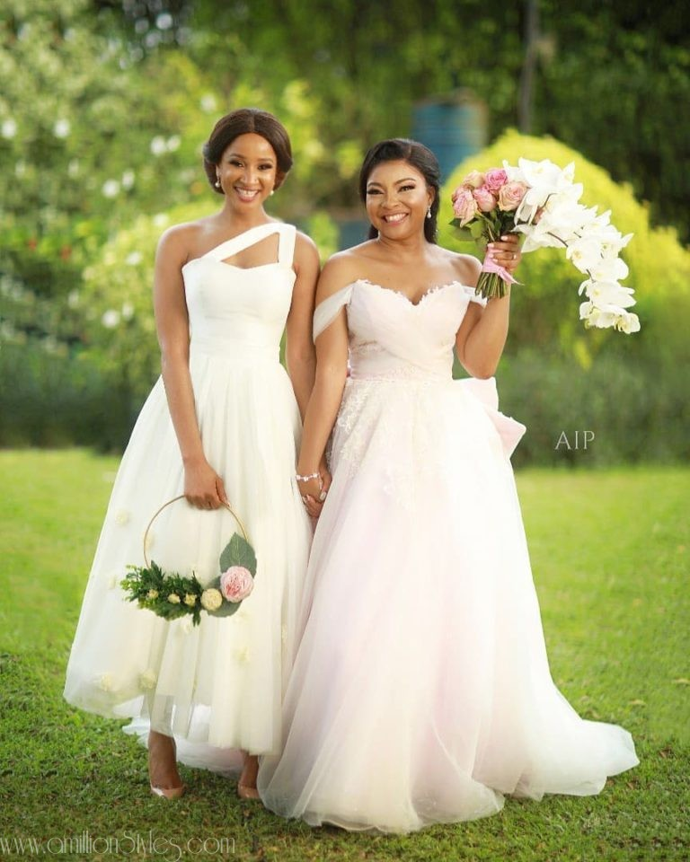 All The Beautiful Moments And The Best Asoebi Styles From Ihuoma Ejiofor And Ibrahim Suleiman's White Wedding
