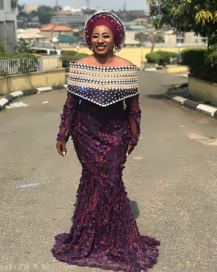 Unique Mid-Week Lace Asoebi Styles