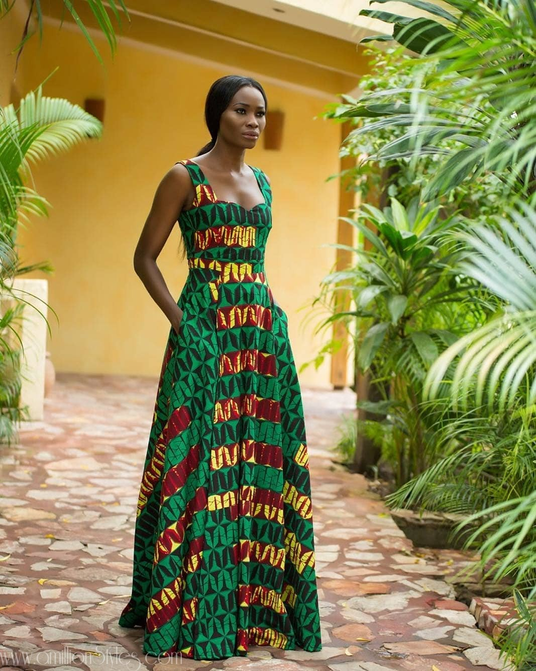 You Need Free Maxi Dresses For The Yuletide Season