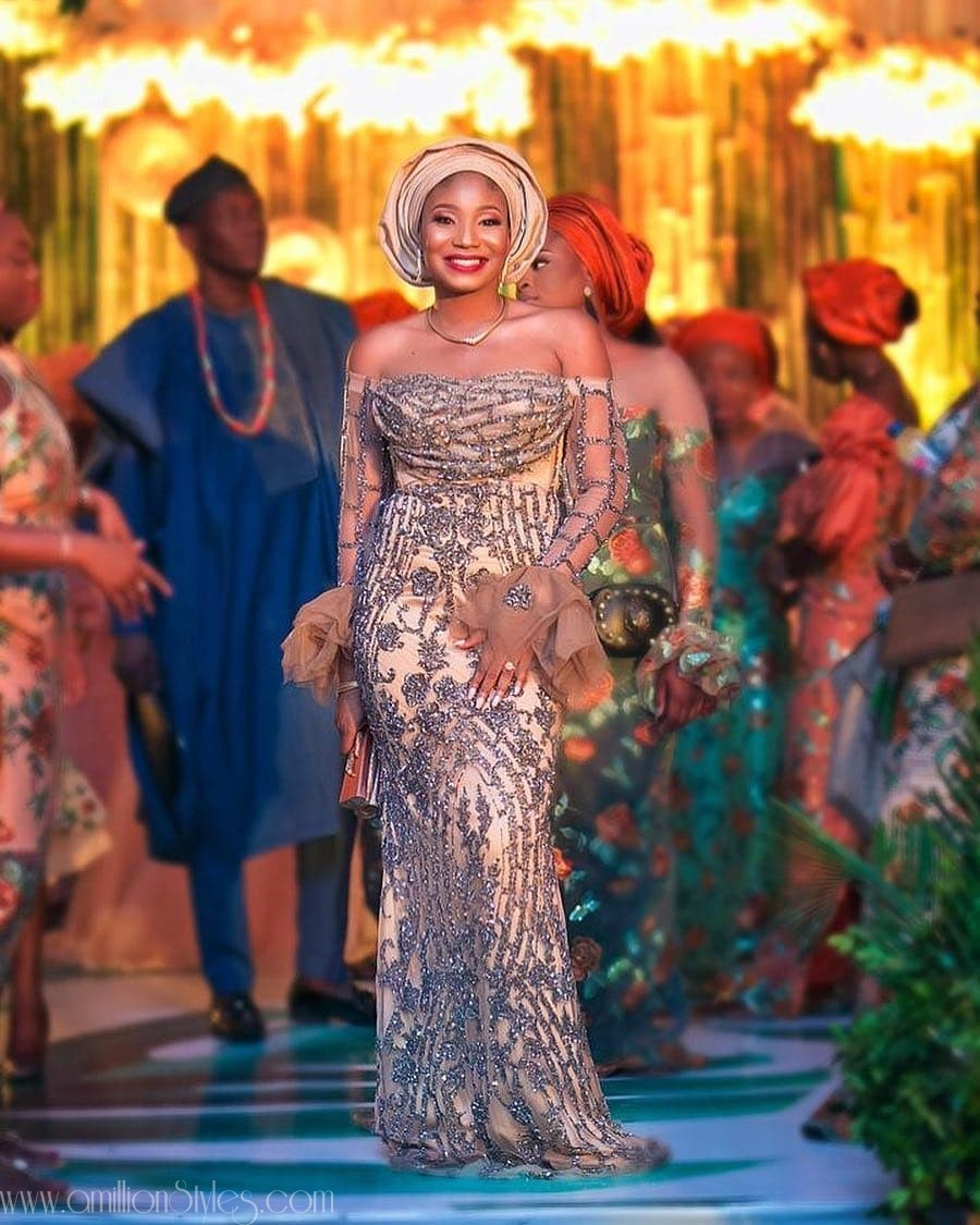 Latest Lace Asoebi Styles Volume 9 beauties! check out these dazzling aso ebi styles would turn heads at any owambe BEAUTIES! CHECK OUT THESE DAZZLING ASO EBI STYLES WOULD TURN HEADS AT ANY OWAMBE asoebi  ayoakinsehinwa in outfit by  versatilebay amillionstyles