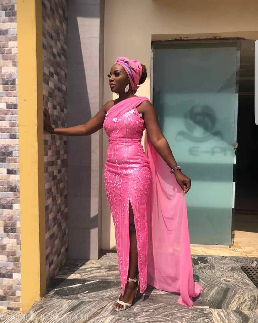 Latest Lace Asoebi Styles Volume 9 beauties! check out these dazzling aso ebi styles would turn heads at any owambe BEAUTIES! CHECK OUT THESE DAZZLING ASO EBI STYLES WOULD TURN HEADS AT ANY OWAMBE asoebi Outfit  tela pink amillionstyles