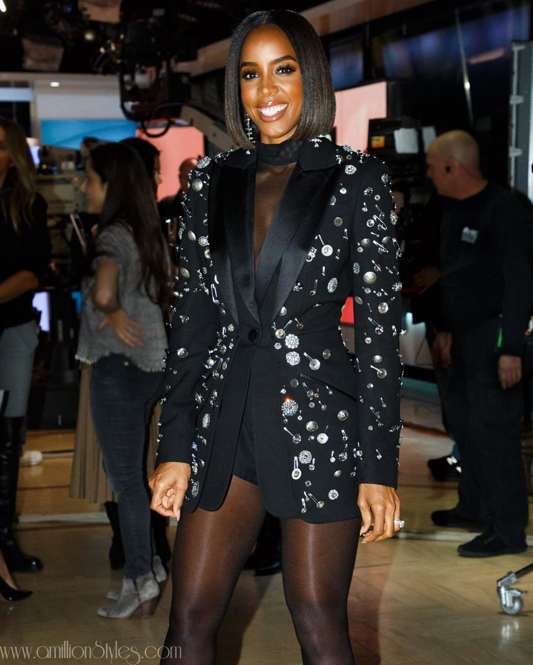Kelly Rowland Snatched Wigs In Embellished Tuxedo Jacket