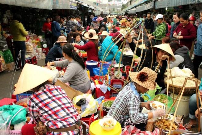 Con Market danang hostel