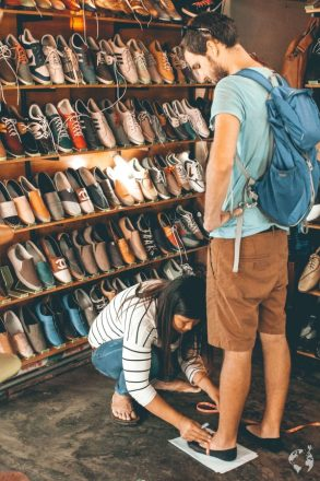 where to get custom clothes shoes hoi an