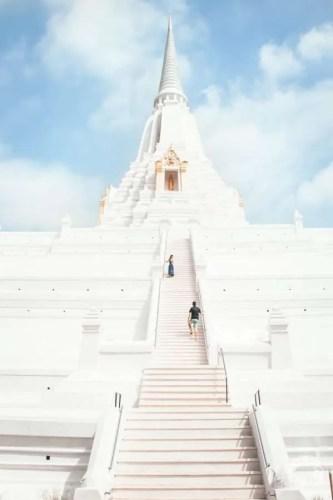 white temple Ayutthaya how to go