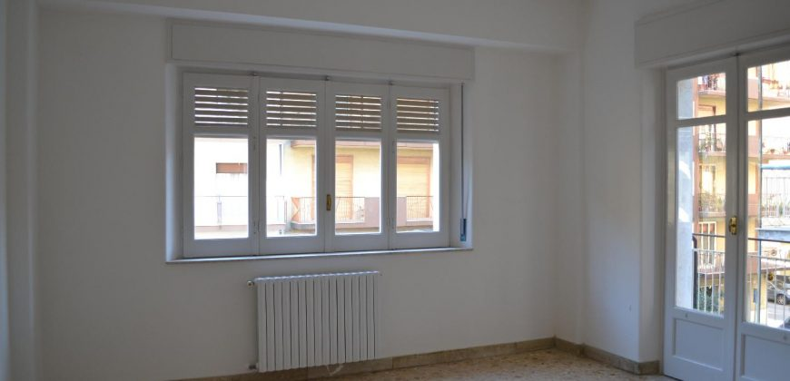 Appartamento in Affitto a Caltagirone (Catania)
