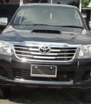2012 Vigo Toyota Hilux front is redesigned. Available at Thailand top 4x4 delaer Jack Motors thailand