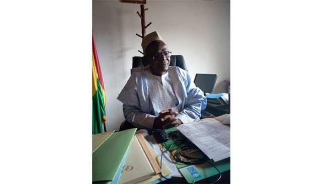 le recteur de l'Université M. Mamadou Dian Gongoré Diallo