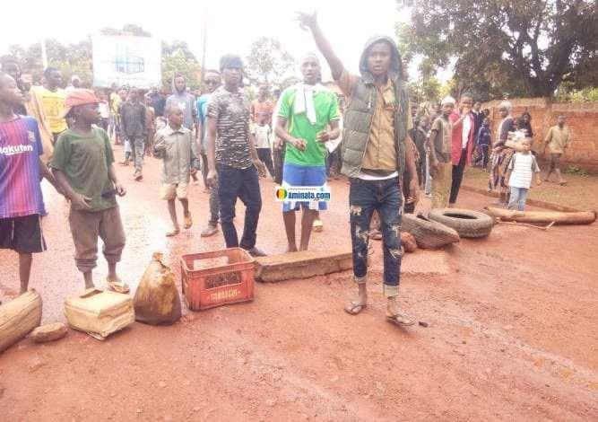 Violentes manifestations de jeunes en Guinée