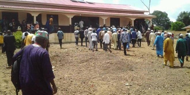 L'école primaire numérique de Debya inaugurée en présence des citoyens et des autorités