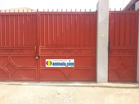 L'ancienne résidence de fonction de Mohamed Tall ex-ministre de l'élevage cadenassée