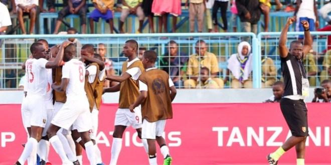 Le Syli national de moins de 17 ans e qualifie en finale en dominant le Nigéria