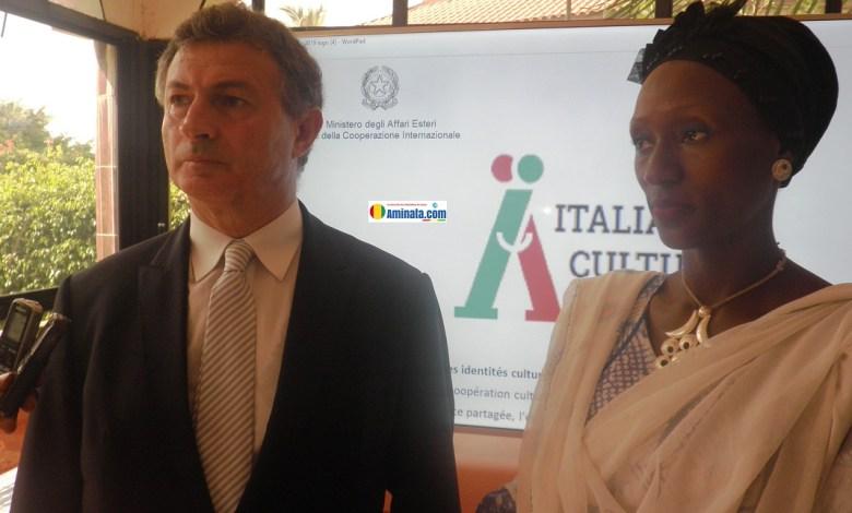 Livio Spadavecchia, ambassadeur d'Italie à Conakry avec Djènè Condé, 3ème vice maire de la commune de Matam