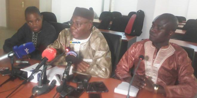 Mohamed Aly Thiam dit Eric Thiam lors d'une conférence de presse à Conakry