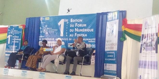 Des panélistes lors du forum numérique de Fouta