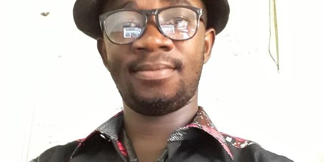 Tomou Traoré, journaliste à la radio Soleil FM