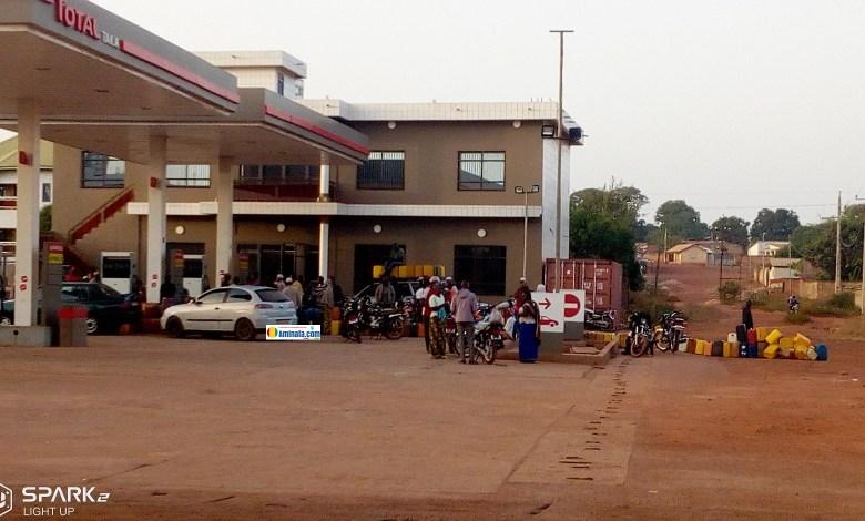 Une station de service à Labé