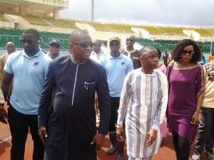 Antonio Souaré, Bantama Sow lors d'une visite au stade de Nongo