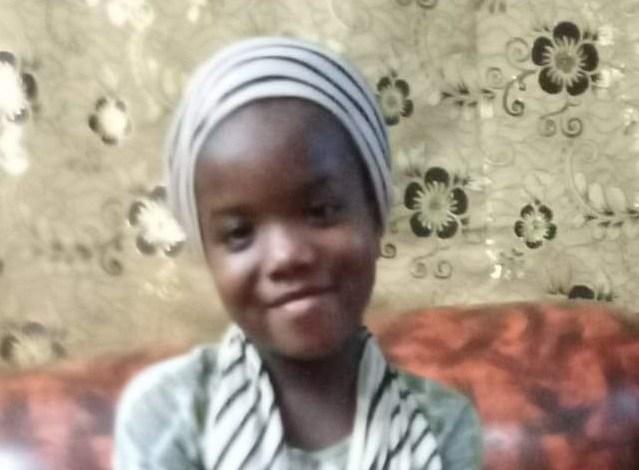 Cette fillette âgée d'environ sept (ans) qui a péri dans l'incendie
