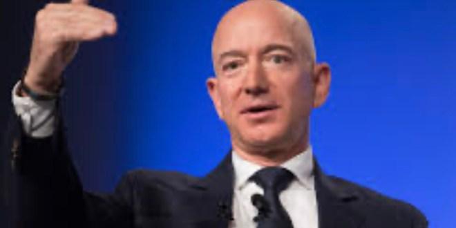 Jeff Bezoz, premier homme à la fortune évaluée à 1000 milliards de dollars