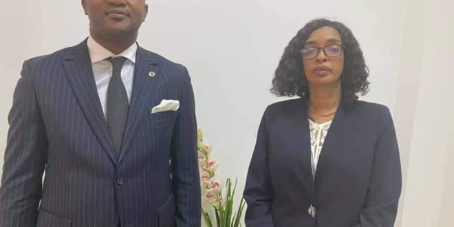 la Ministre de la jeunesse et de l'emploi des jeunes a reçu en audience Monsieur BASSOLE Léandre Responsable Pays de la Banque Africaine de Développement (BAD).